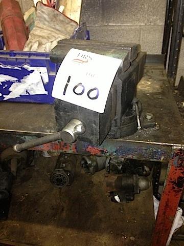 Lot 100 Image