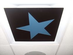 STAR CEILING-MOUNTED VENT COVER. MEASURES 16